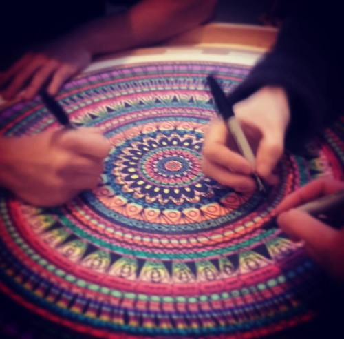Massive gratitude to @dbdoodles for a truely inspiring collaborative mandala making session today.