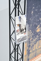 CROSSwire leaflet holder