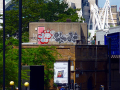 Graffiti in London 2011 (kami68k -all over-) Tags: london 2011 graffiti illegal bombing throwup throw up 10foot