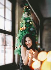 163/365 The light that leads to you (Katrina Yu) Tags: christmas christmastree fairylight bokeh selfportrait 365project