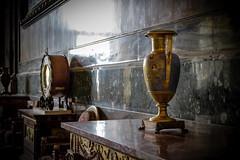 Vasi (SDB79) Tags: caserta reggia vaso oggetti mobili interni architettura arte museo visit turismo explore