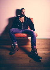 Gerald (Streetcam Fhk Photography) Tags: man beard classe shooting studio colors model bordeaux france barber barbier haircut fashion homme