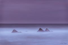 Sedas y cumbres (A. del Campo) Tags: nikon nikkor nikond7000 niebla naturaleza nature nubes naturallight natural seda silk efectoseda longexposure largaexposición seascape seascapes sea mar marcantábrico españa spain relax horizonte paisaje panorámica playa