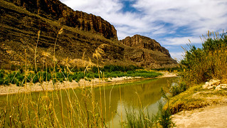 Walking through Santa Elena Canyon. ©®