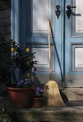 Blue door (:Linda:) Tags: door blue shadow two flower sunshine germany stair village pot flowerpot schatten tr broom doorhandle bluedoor besen hildburghausen brden windowwithflowers blauetr flowersinpotsboxes blumenintpfenoderksten