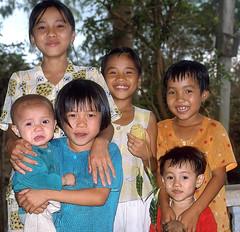 Kids Vietnam (hn.) Tags: portrait people copyright smile portraits children asia asien heiconeumeyer seasia soasien southeastasia südostasien leute kinder vietnam kind indochine indochina copyrighted suedostasien