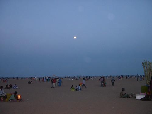 Marina on Full Moon Day, Apr 04, Chennai