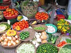 Bodegon vegetariano (Andres Rastrilla) Tags: vietnam melo andres 2005 saigon hanoi hoian hue ninhbinh catba sapa bacha cucphuong mekong