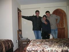 Llegando a nuestro cuarto (Alexey) Tags: viajeacopacabana