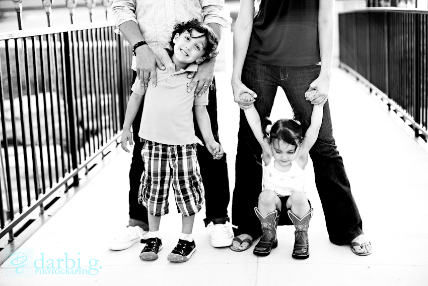 Darbi G Photography-Missouri family lifestyle photographer-Quinns-_MG_5528-bw