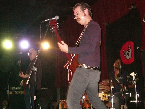 12-02-04 Eagles of Death Metal @ Northsix (8)
