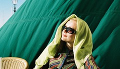movie star (BL259) Tags: green sunglasses scarf movie star spain glamour shades andalucia scarves scarfe kirsi kirsipyy
