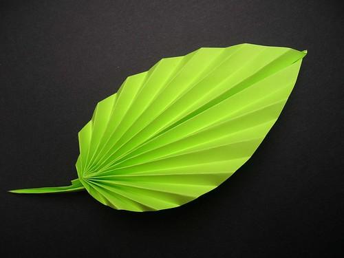 Papierblumen falten: Blatt Papier