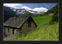 Cerentino (juhanson) Tags: houses summer mountains switzerland ticino may 2006 villages