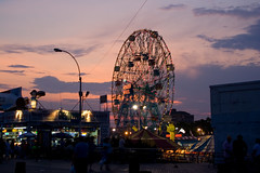Wonder Wheel, Wonderful Sunset