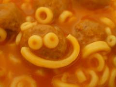 spaghettio smile - by mojodaisy