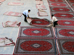 Rokn-ol-Molk Mosque (Farhang.) Tags: carpet persian iran patterns crafts persia courtyard mosque esfahan isfahan farhang roknolmolk roknolmolkmosque farhanghaghighat
