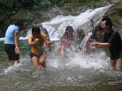 Splish Splash (Kenny Fong) Tags: waterfall sg abseiling langat lepor hulu