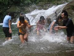 Splish Splash (Kenny Fong) Tags: waterfall sg abseiling langat lepor hulu
