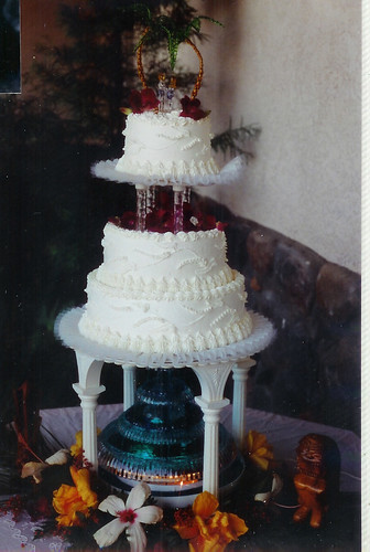 Tropical Wedding Cake With Water Fountain A Photo On Flickriver