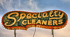 Specialty Cleaners (FotoEdge) Tags: neon cleaners kansascity kansas specialty leavenworthroad