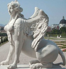Miss Sphinx, Gedicht (ernst_raser) Tags: vienna white blanco sphinx lyrics poetry belvedere poems weiss blanc sculptures poesie mythologie skulpturen lyrik gedichte ernstraser