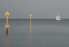Forbidden Walking (sistereden2) Tags: sea france boat fouras 5hits lpincong