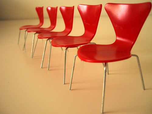 Brio Arne Jacobsen Series 7 chairs