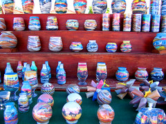 """Garrafas"" de areia colorida (Ric e Ette) Tags: brazil color art praia beach brasil handicraft bottle sand colorful arte bottles areia artesanato cear cor garrafa ce 5mp coloredsand garrafas beberibe  praiadasfontes areiacolorida gettyimagesbrasil"