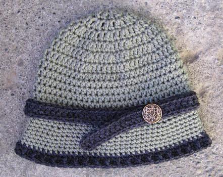 قبعات بنات 197530878_8fc2edc7be
