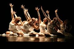 Dancer group (targos) Tags: white girl dance arcenciel