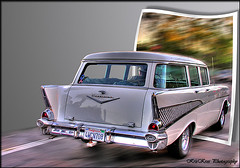 cool ride in oob (Kris Kros) Tags: classic chevrolet public car photoshop vintage photography trafficlight high cool nikon pix ride dynamic cs2 antique wheels ps chevy coche kris panning range hdr jjj kkg outofbounds oob photomatix coolride pscs2 kros kriskros 1500v60f 5xp outofbound kk2k abigfave coolrideoob kkgallery