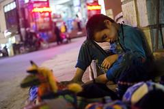 Sapa - 2016 (hoangcharlie.photography) Tags: street streetphotography stphotographia scene human nikon d7100 35mm vietnam sapa asia color night market