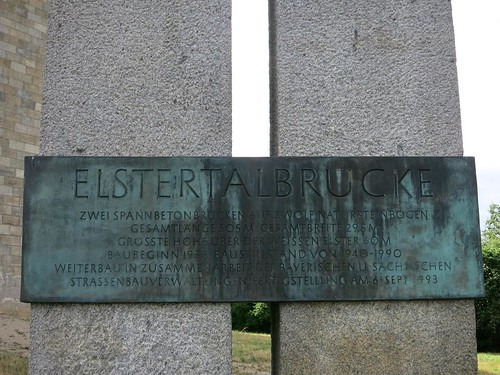 A72 Talbrücke Elstertalbrücke bei Pirk  Juli 2015_072