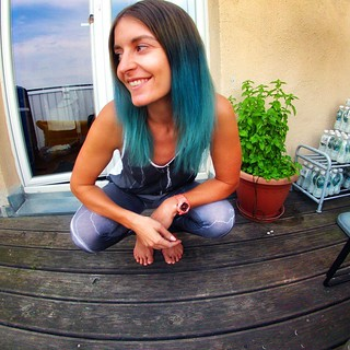"How @iriedailyberlin  always says ""Stay different ""  tried something new with hair chalk #iriedaily20 #bluehair @gopro #gopro @dr.martinscocojuice"