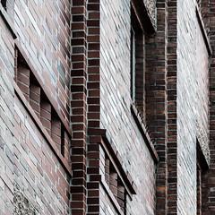 Lines: Bricks (iEiEi) Tags: abstract building lines architecture germany munich mnchen bayern deutschland bavaria nikon outdoor architektur concept conceptual nikkor gebude muenchen konzept abstrakt d300 linien urbanenvironment nikond300 ausenaufnahme 1685mmf3556gvr ieiei