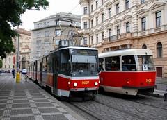 Praha, Bolzanova 18.09.2007 (The STB) Tags: tram prag praha praga tramway dpp strassenbahn tatra tramvaj kd kt8d5 strasenbahn kt8 dopravnpodnikhlavnhomstaprahy tatrawagen