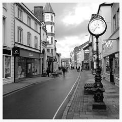 Street in Barnstaple (mibric) Tags: street england devon angleterre rue barnstaple
