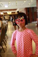 IMG_8903.jpg (小賴賴的相簿) Tags: family kids canon happy 50mm stm 台中 小孩 親子 陽光 chrild 福容飯店 5d2 老樹根 麗寶樂園 anlong77