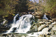 Kaaterskill Falls (thechelseagrin) Tags: kaaterskill waterfall newyork nature catskills