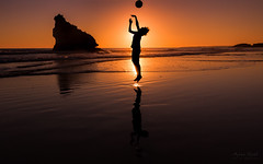 Play (Adam West Photography) Tags: adamwest algarve backlight ball boy catch family fun glow joy play portugal silhouette throw beach reflections sand sea sunset goldcollection