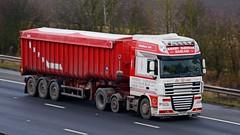 VX12 BXO (panmanstan) Tags: daf xf wagon truck lorry commercial bulk freight transport haulage hgv vehicle m18 motorway langham yorkshire