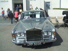 The Rolls Silver Shadow once owned by comedian Eric Morecambe. (Bennydorm) Tags: auto cars festival vintage silver seaside automobile display rollsroyce limo exhibition lancashire roller comedian rolls motor autos collectors 1972 morecambe limosine luxury madeinengland silvershadow ericmorecambe
