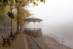 Foggy Morning at The Groves, Chester (Mark Carline) Tags: morning autumn fall fog river cheshire chester dee groves riverdee thegroves