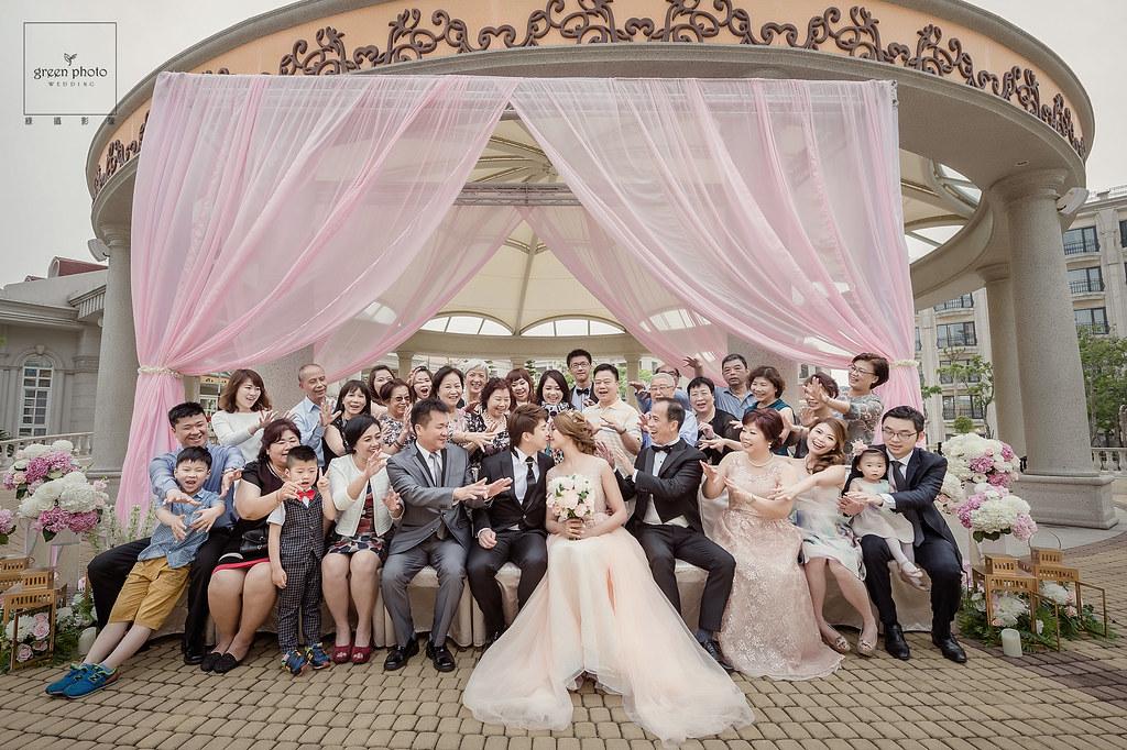 婚禮攝影,婚禮紀錄,婚禮記錄,婚禮紀實,婚攝,婚禮平面記錄,婚禮平面紀實,綠攝影像,黑熊,攝影師黑熊,婚攝小熊,婚攝黑熊,說故事風格,溫馨自然,婚禮,享受每一場拍攝的機會,用心體會每個家庭不同的故事,你的幸福我的視野,儀式,宴客,類婚紗,優質推薦,北部婚攝,台北婚攝,桃園婚攝,greenphoto,溫度,情感,劉凱文, kevin,wedding,photographer,幸福,歡樂,帶氣氛,自然引導, 台北維多利亞酒店,超嗨婚禮,戶外證婚,自然捕捉,情感攝影,美麗的瞬間,邊玩邊拍, weddingparty, 有溫度的婚攝,用畫面說話的,幸福,重情感的婚攝,超推薦的婚攝,迎娶,文定,闖關,新人必看,星級飯店婚攝,高雄義大世界,小城堡造型團隊,betty,steven,武少,香港新郎,高雄義大婚攝作品