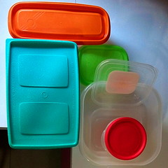 tapers (jmerelo) Tags: contenedores container docker rkt tupperware tupper