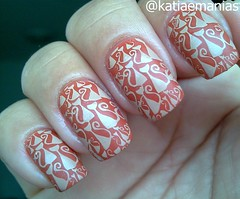 Carimbada com a placa STZ-28 (katiaemanias) Tags: nailpolish nails nailart nail nude unha unhas esmalteparacarimbo esmalte esmaltes katiaemanias stampingnailart stampingnails stamping