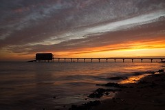 Bembridge Lifeboat Station (Sarah Marston) Tags: iow sony alpha a65 december 2016 sunrise bembridge lifeboatstation bembridgelifeboatstation sea seaweed beach