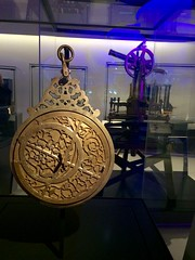 Astrolabe in the London Science Museum's new mathematics gallery (jd1001) Tags: london 1666 historyofscience astrolabe display gallery museum sciencemuseum atthemuseum