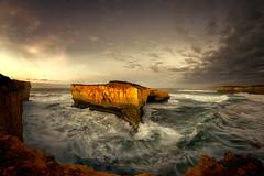 Great Ocean Road Photography (Nik Art Photography) Tags: gor great ocean road australia 12apostles cliffs dramatic southern sunrise seastack rock waves dark shy